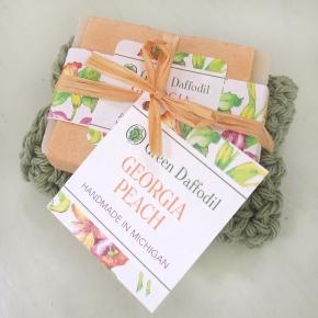 Soap & Washcloth Gift Set | Green Daffodil